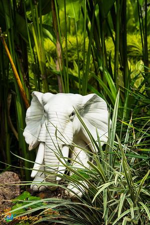 White elephant sculpture