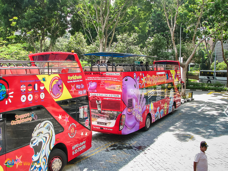 hop on hop off bus in Singapore