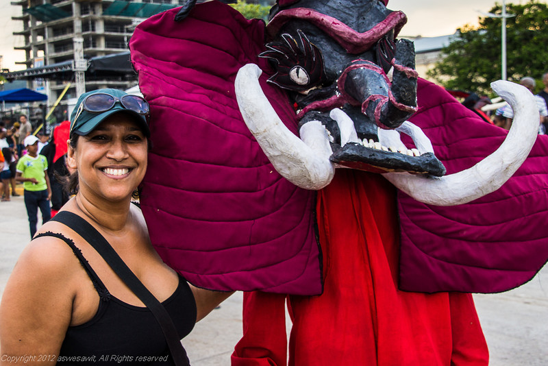 Woman posing with a Panama Carnaval diablo