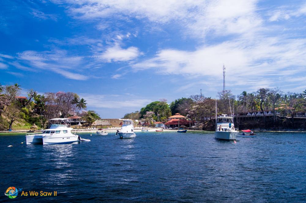 The harbor at Contadora.