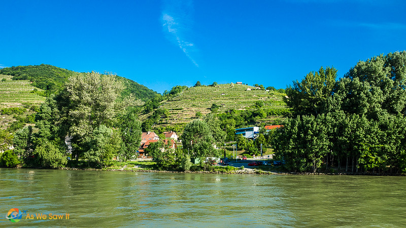 River cruise Wachau Valley scenery