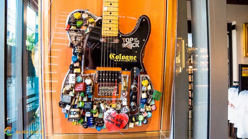 Guitar in Cologne's Hard Rock Café