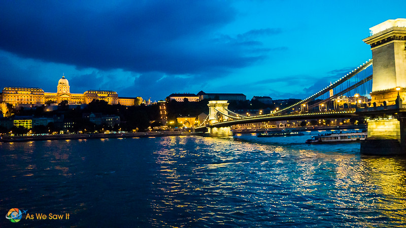 Beautiful chain bridge at night.