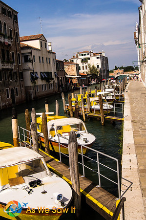 Water taxis in Venice