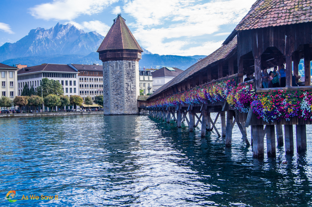 Chapel Bridge (Kapellbrücke), wooden covered Bridge on Lake Lucerne.