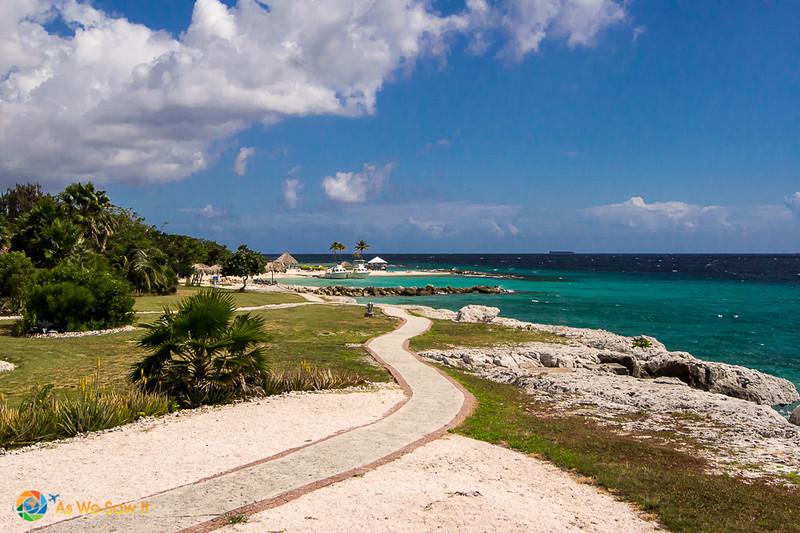 Dry beachfront. Because Curacao has an arid climate