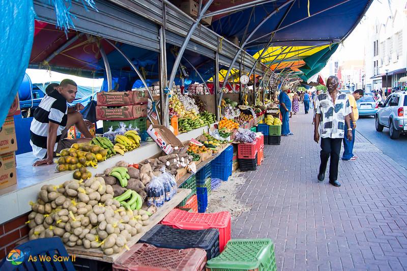 Willemstad open air market