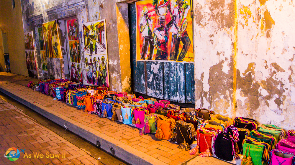 Wayuu bags for sale on the street of Cartagena