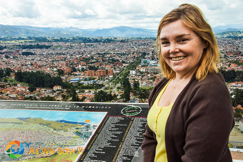 Linda with Cuenca behind, nestled in the Andes mountains. Before Ecuador kicked us out.